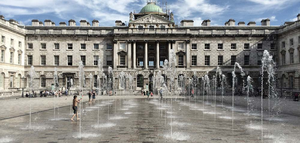 VISIT SOMERSET HOUSE in London, UK Free things to do in London