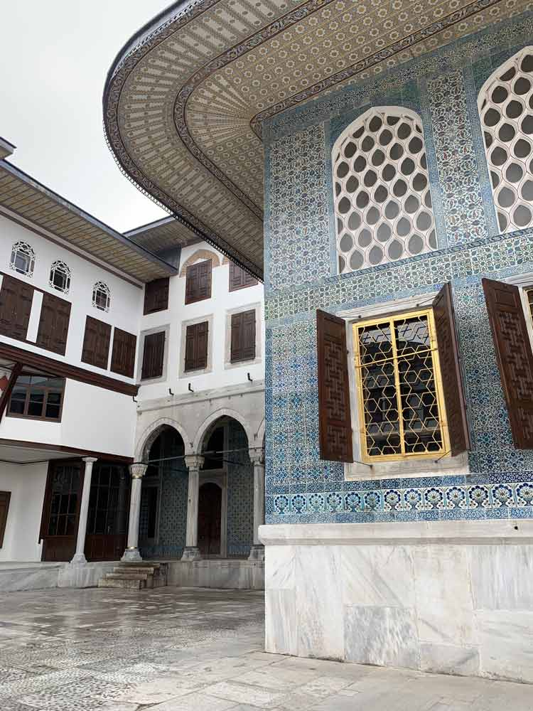 Topkapi Palace Best places to visit in turkey