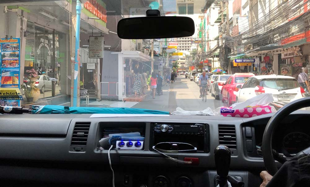 Renting a car in Thailand