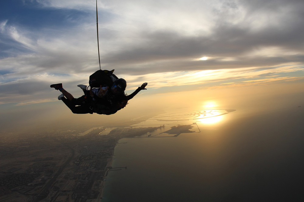 Sky Diving Exciting things to do in Dubai