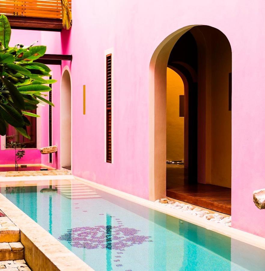 Rosas & Xocolate romantic hotel in Merida