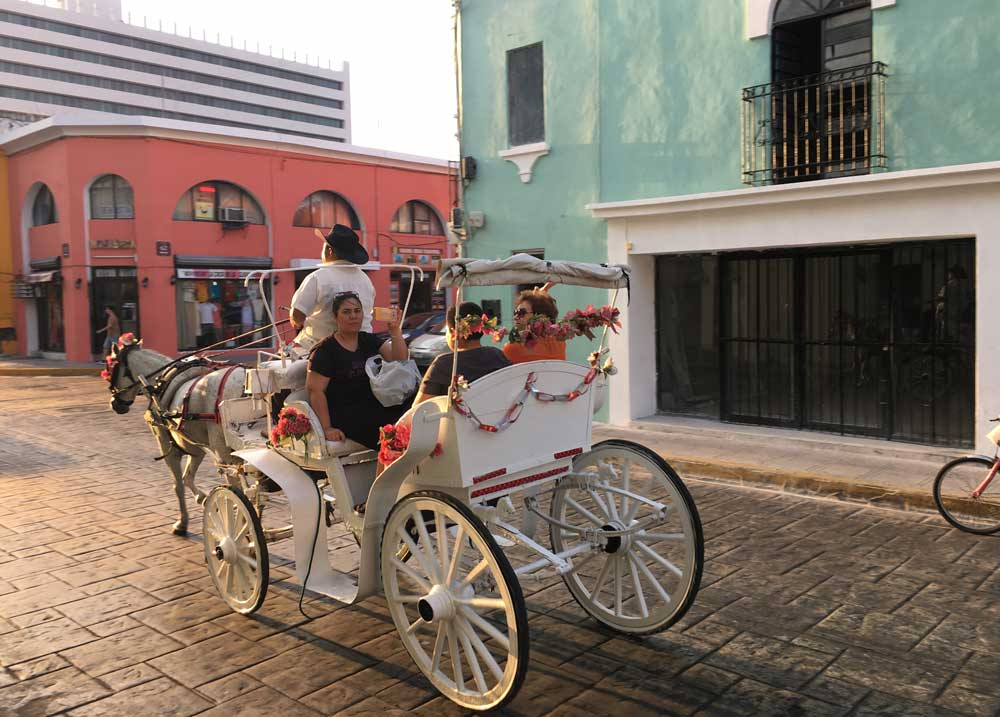 Carriage ride in Merida a romantic things to do in Merida