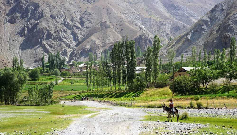 tours to tajikistan