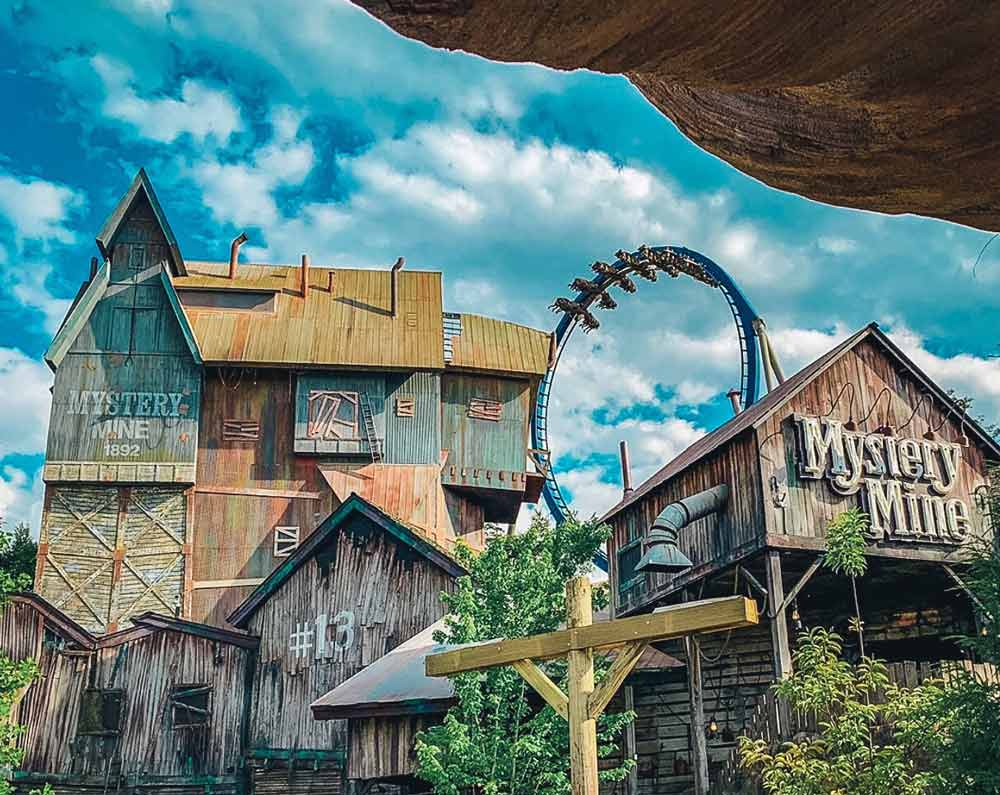 Dollywood best place to vacation in Tennessee