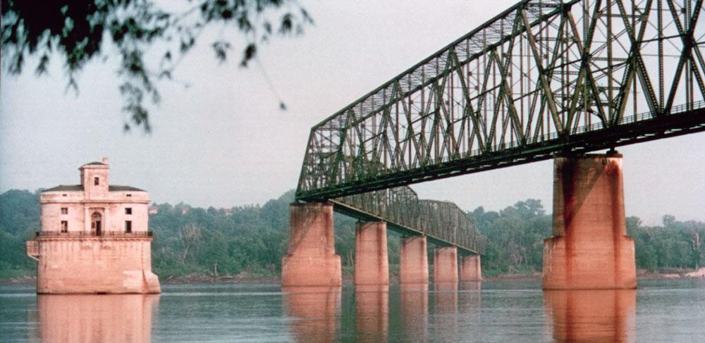 Rocks Bridge best places to visit in Missouri