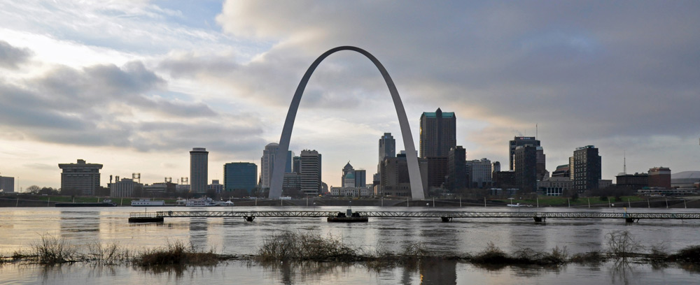 St Louis arch best places to visit in Missouri